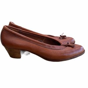 VINTAGE Stacked heel Loafers